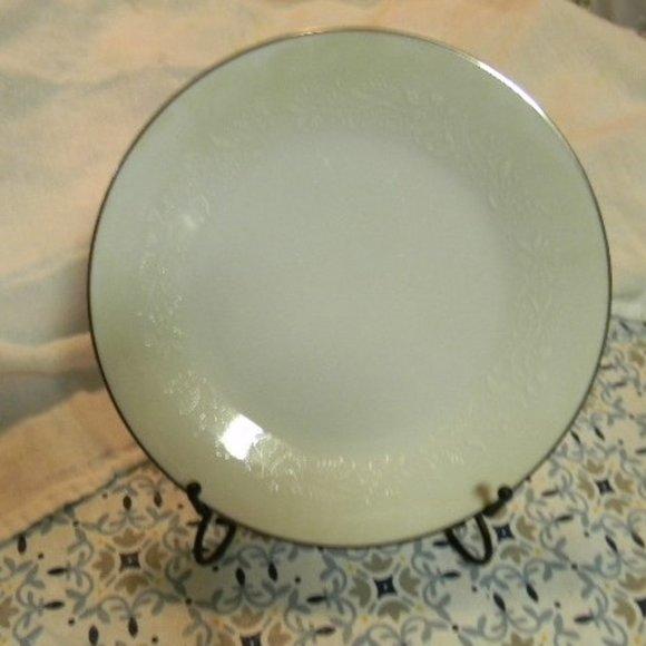 Noritake Other - Noritake Retired Renia Salad Plate